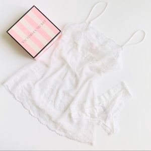 MEDIUM Victoria's Secret white lingerie set